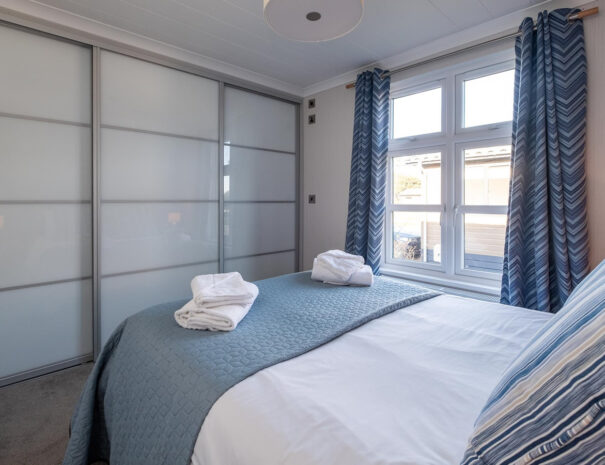 SeaBreeze Lodge master bedroom with ensuite Suffolk Coast