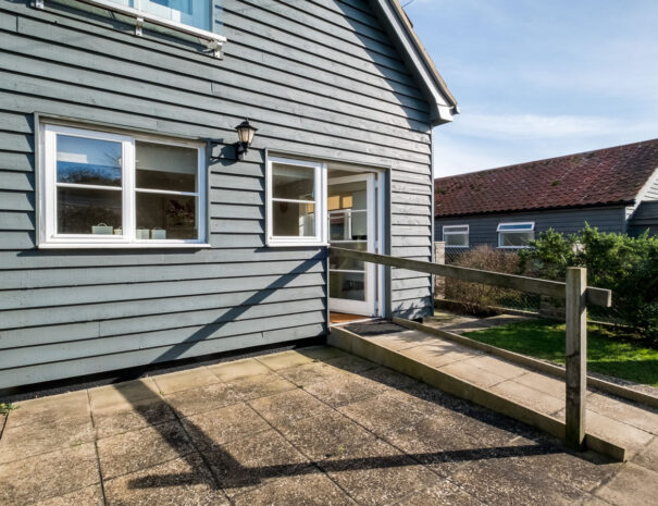 Wheel chair accessible one bed holiday rental Suffolk Coast