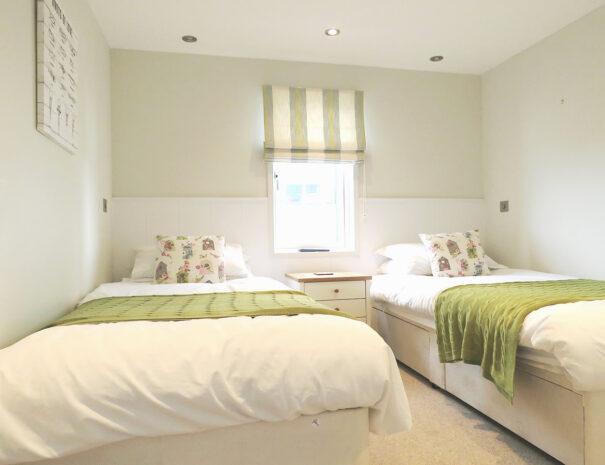 Lookout Lodge - 2 Bedroom Dog Friendly Rental Suffolk Coast