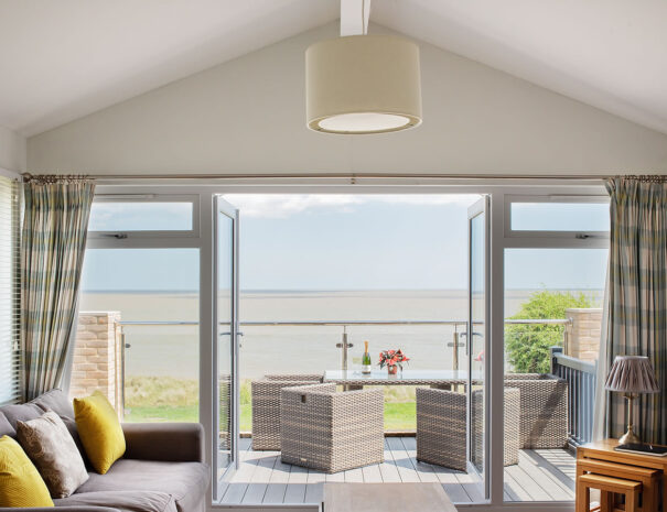 Lookout Lodge - Best sea view dog friendly holiday rental Sizewell Suffolk