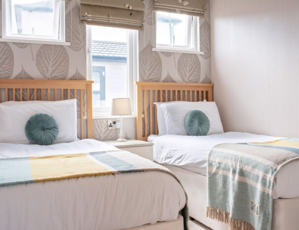 Seaview Lodge - Suffolk Coast (Sleeps 4)