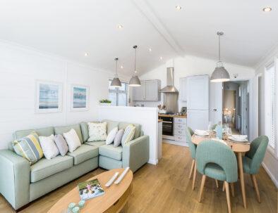 Prestige Seascape Lodge - Lounge Dining Room